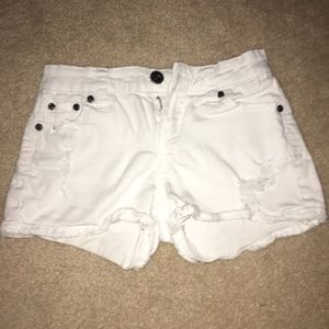 girls white shorts